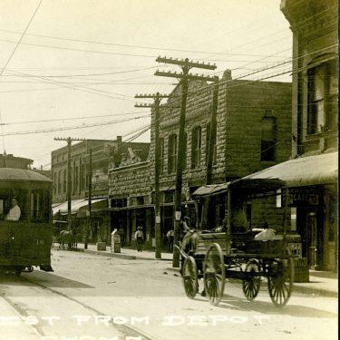 Historic 117 E Main-April 1915